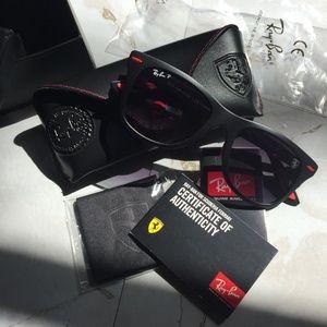 Scuderia Ferrari Ray-Ban Polarized Wayfarer